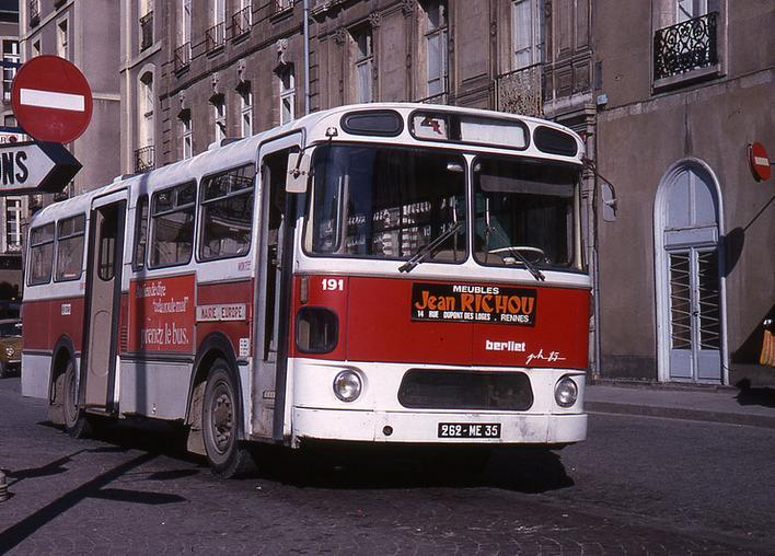 Bus berliet